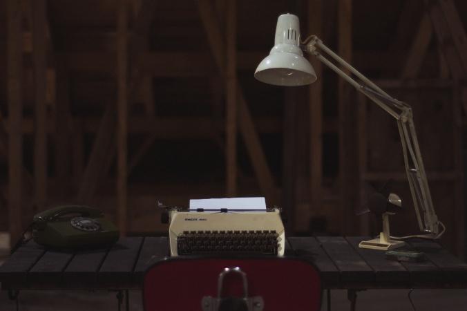 anglepoise lamp & typewriter